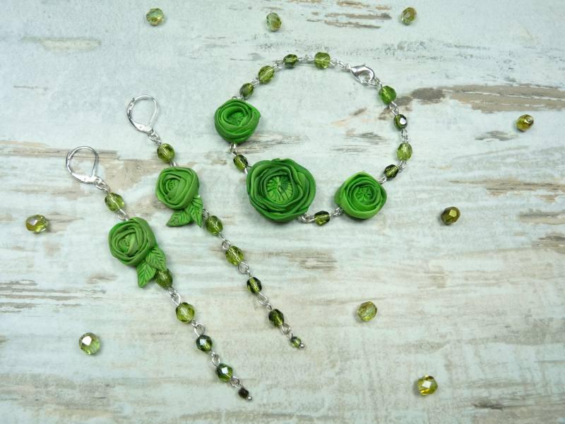 0a48699101a4 Komplet biżuterii w romatnycznym stylu - zielone kwiaty