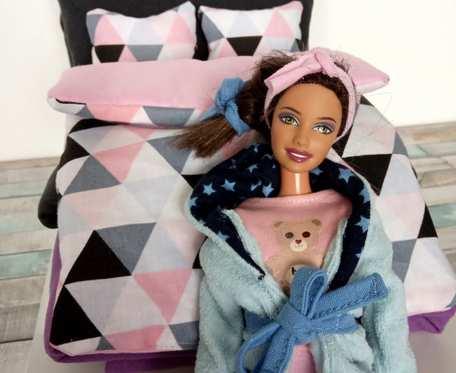Pościel i piżamka dla lalki