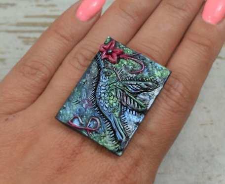 Duży, oryginalny pierścionek