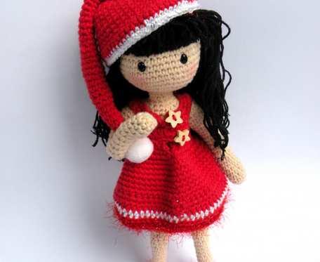 Amigurumi lalka w świątecznym stroju -  świąteczna lalka - zginająca się lalka