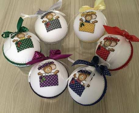 Bombki haftowane - prezenty