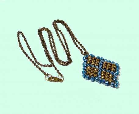 Naszyjnik  antyczne  złoto  z  koralikami