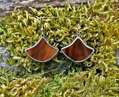 Szklane kolczyki dzwonki (brązowe)