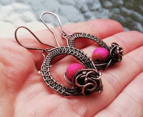 Miedziane kolczyki z różowym jaspisem