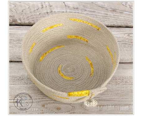 Koszyczek bursztynowy z bawełnianego sznurka