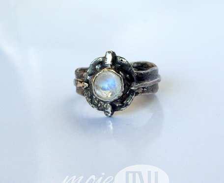 Oko księżyca - pierścionek