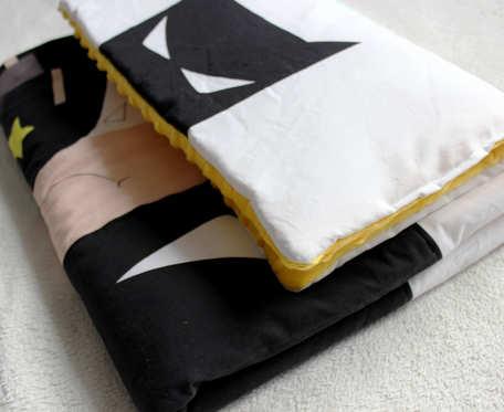 Kołderka i płaska poduszka Batman
