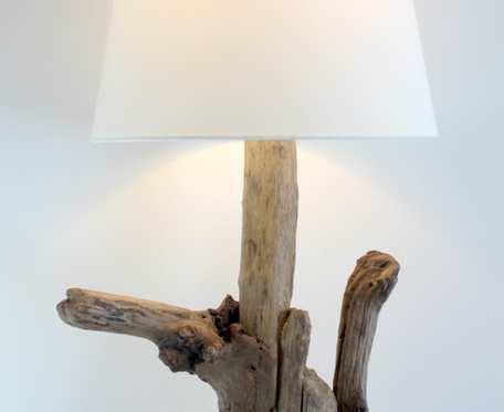 lampa z drewna z morza    nr 22