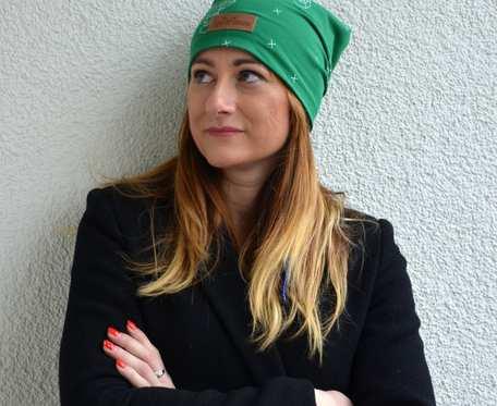 Kolorowa czapka beanie uniwersalna jelonek