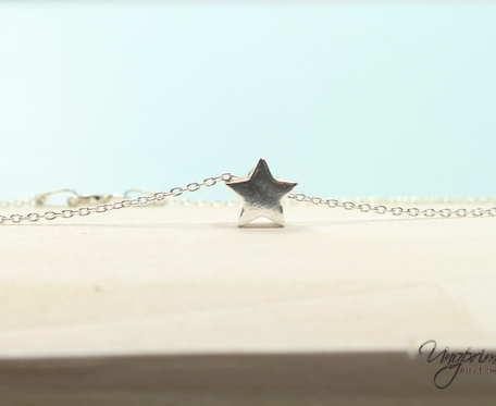 Łańcuszek srebrny Gwiazdka