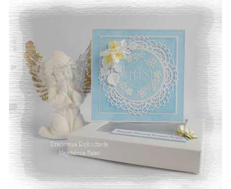 Pamiątka komunijna w pudełku niebieska