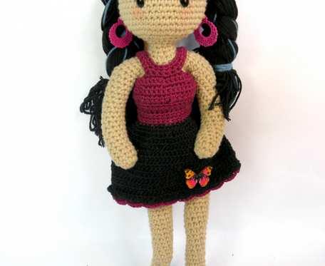 Amigurumi lalka ze zginającymi się rękami - zginająca się lalka- lalka zainspirowana Gorjuss lalkami- Lalka stworzona włąsnoręcznie