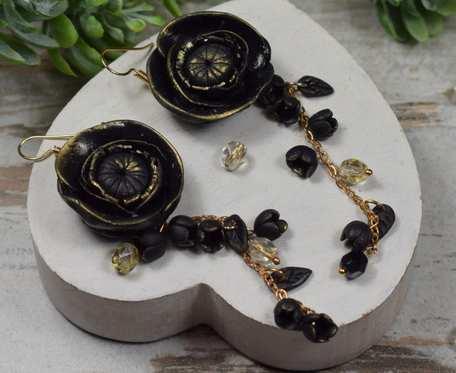Długie, eleganckie kolczyki czarne kwiaty