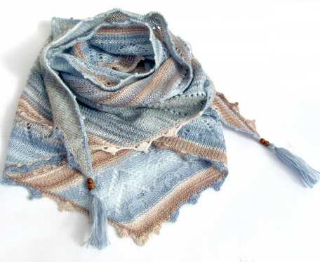 Ażurowy szal - chusta, niebiesko-beżowa