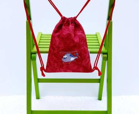 Plecak – Worek czerwony z szarym samolotem i kotami w środku