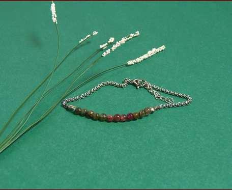 Stal i kamienie naturalne bransoletka na łańcuszku