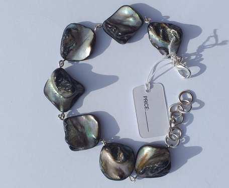Bransoletka z masy perłowej - bryłki czarno - perłowe -  wzór IV