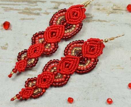 Eleganckie, czerwone kolczyki z koralików - makrama