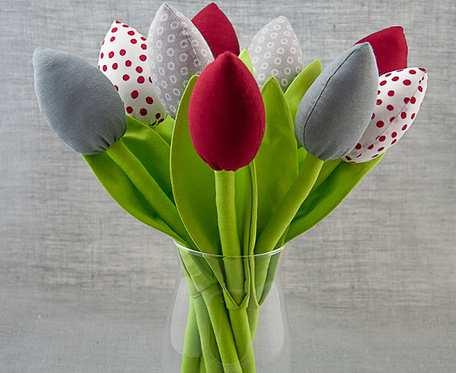 Tulipany bawełniane, szyte bordowo- szare