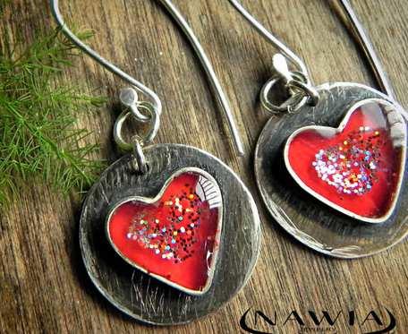 Kolczyki Czerwone serca z brokatem