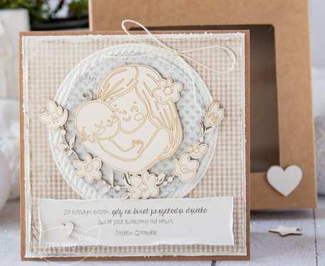 Prześliczna kartka w pudełeczku, z okazji Narodzin, Chrztu Świętego, Roczku (a03)