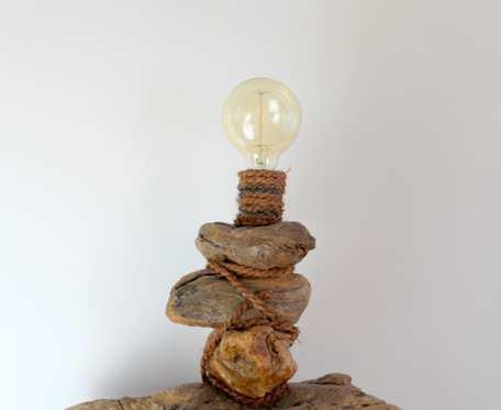 lampa z drewna z morza   nr 1
