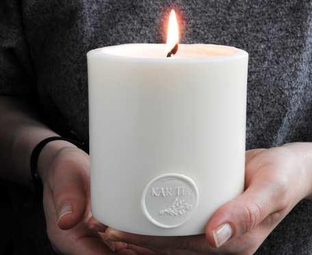Duża, elegancka świeca z wosku sojowego