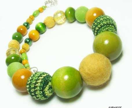 Zółto-zielone BOA, gruby naszyjnik