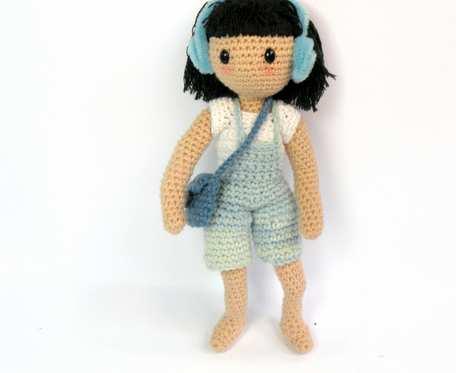 Szydełkowa mała lalka Hania 20 cm