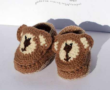 Misiowe paputki - buciki z włóczki