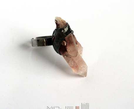 Kryształowy fugas - pierścionek
