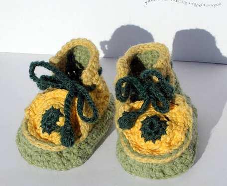 Pastelki - buciki włóczkowe