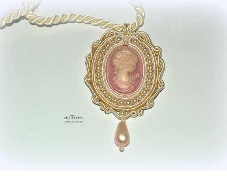 medalion vintage sutasz kamea