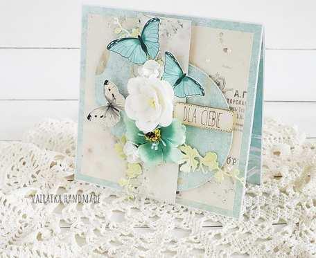 Z turkusowymi motylami, kartka w pudełku, 698