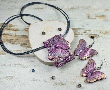 Komplet biżuterii z motylami