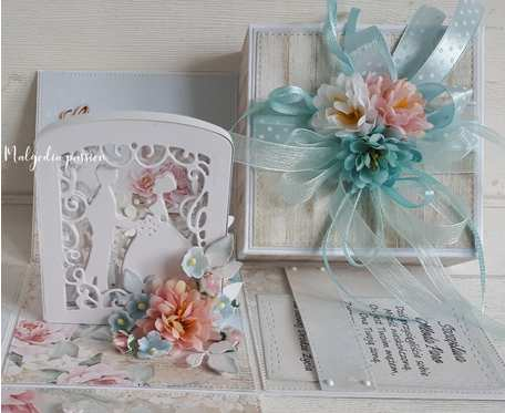 Pudełko ślubne z kwiatami II