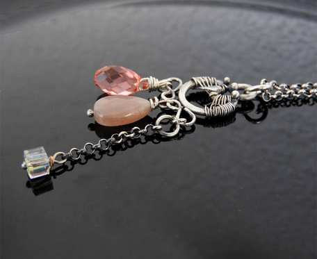 Wisiorek srebrny kamień słoneczny i kryształy