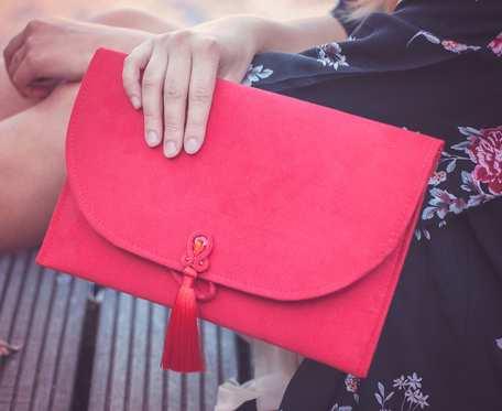 Torebka kopertówka czerwona wizytowa sutasz soutache z chwostem BOHO wieczorowa