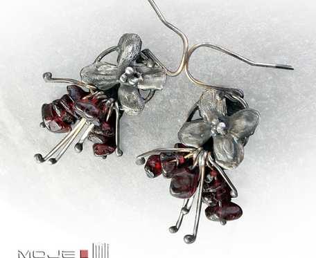 Bukiecik granatów - kolczyki