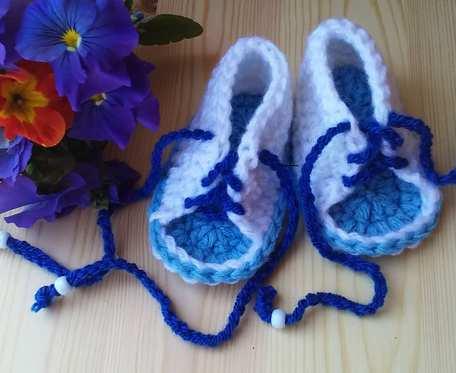 Sandałki sznurowane