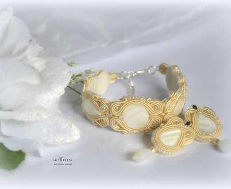 biżuteria ślubna sutasz w  kolorze perłowym