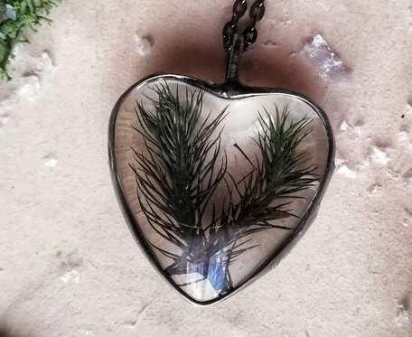 Naszyjnik serce z mchem