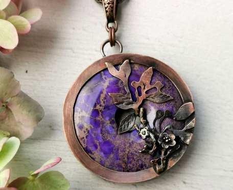 Naszyjnik miedziany z fioletowym jaspisem cesarskim c749