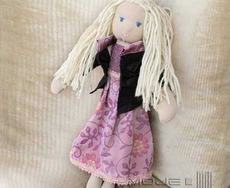Julia - delikatna blondynka - lalka szmaciana
