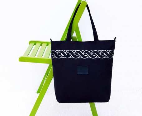 Czarna torebka z tkaniny zamszowej Amanda I black