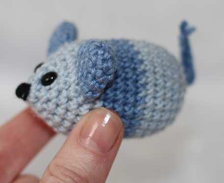 Myszka z grzechotką w środku, zabawka dla kota, długość 5 cm