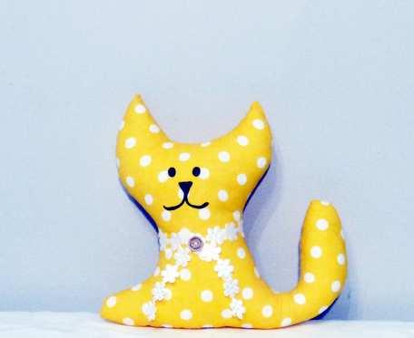 Przytulanka  żółty kotek