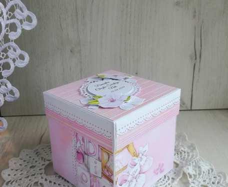 Exploding box różowy z wózeczkiem baby