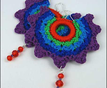 SILJE duże kolorowe szydełkowe bawełniane kolczyki z koralikami