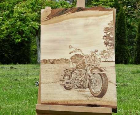 Motocykl - wypalany obraz